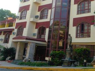 Hotel el bosque at hotels in havana cuba - Pergolas el bosque ...